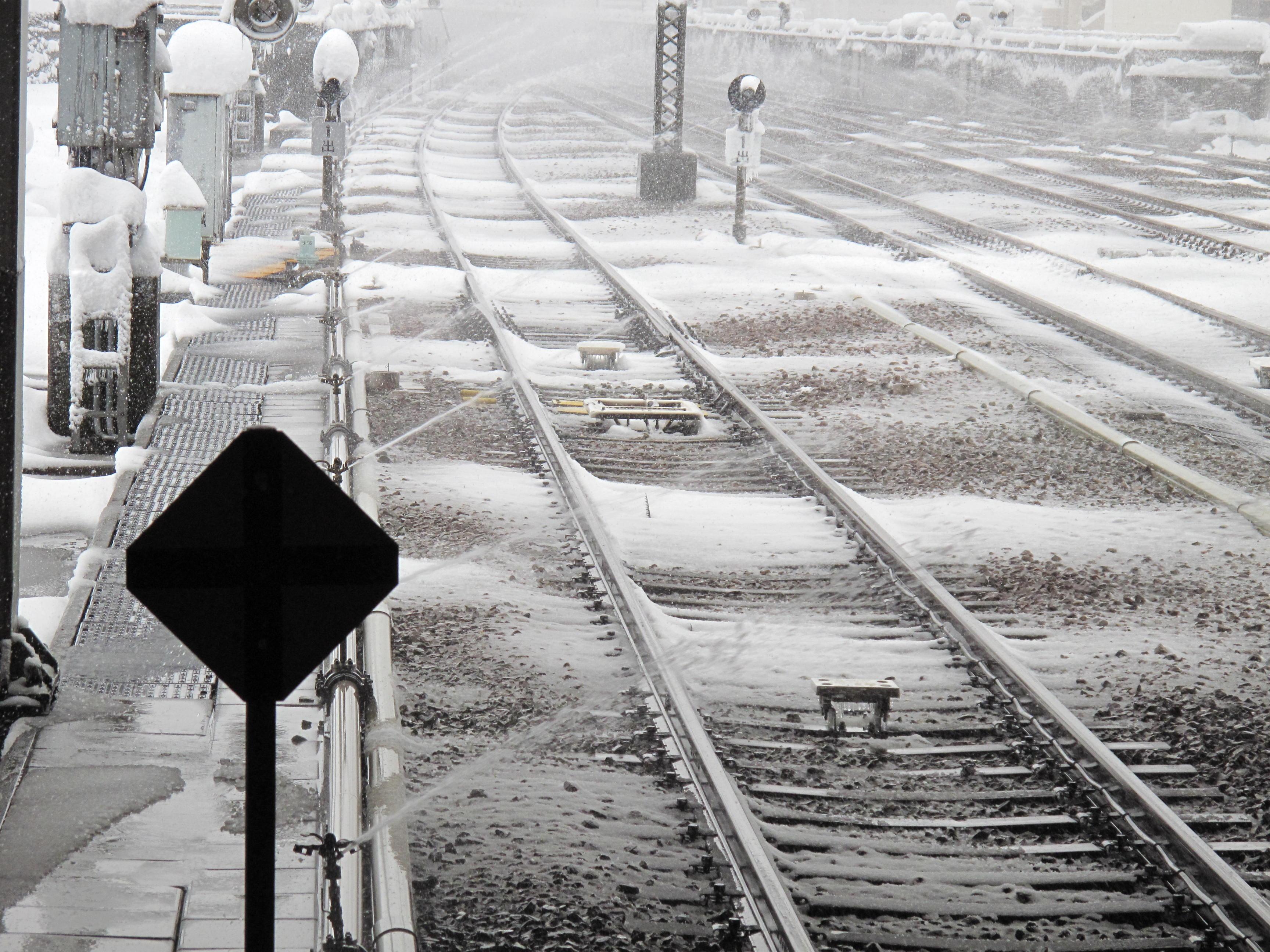 スプリンクラーによる線路融雪_2